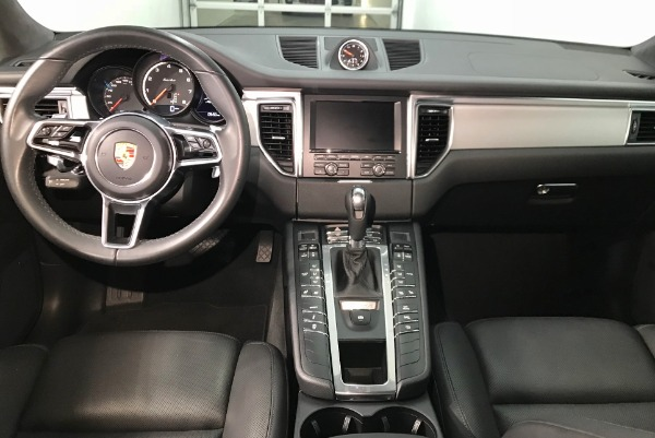 Used 2015 Porsche Macan Turbo Turbo Used 2015 Porsche Macan Turbo Turbo for sale Sold at Response Motors in Mountain View CA 9