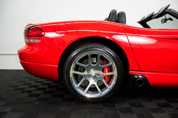 Used 2004 Dodge Viper SRT-10 Used 2004 Dodge Viper SRT-10 for sale Sold at Response Motors in Mountain View CA 6