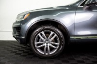 Used 2015 Volkswagen Touareg TDI Lux Used 2015 Volkswagen Touareg TDI Lux for sale Sold at Response Motors in Mountain View CA 11