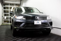 Used 2015 Volkswagen Touareg TDI Lux Used 2015 Volkswagen Touareg TDI Lux for sale Sold at Response Motors in Mountain View CA 3