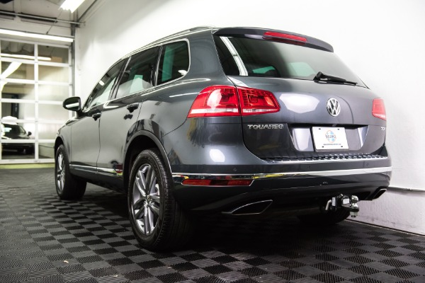 Used 2015 Volkswagen Touareg TDI Lux Used 2015 Volkswagen Touareg TDI Lux for sale Sold at Response Motors in Mountain View CA 7