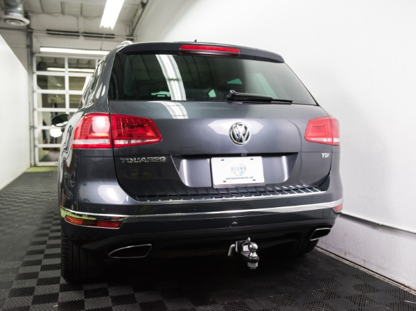Used 2015 Volkswagen Touareg TDI Lux Used 2015 Volkswagen Touareg TDI Lux for sale Sold at Response Motors in Mountain View CA 8
