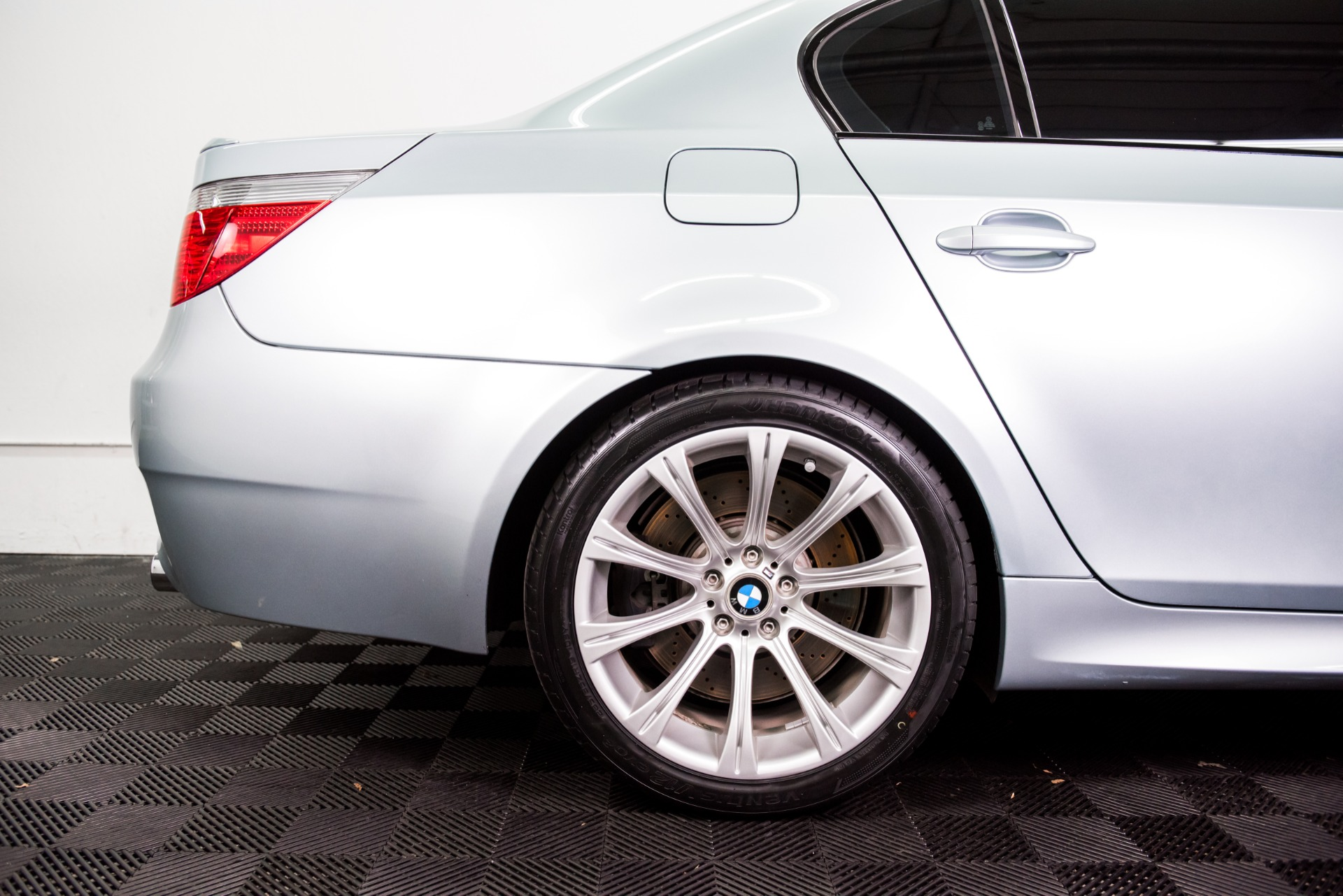 Used 2007 BMW M5 Used 2007 BMW M5 for sale Sold at Response Motors in Mountain View CA 5