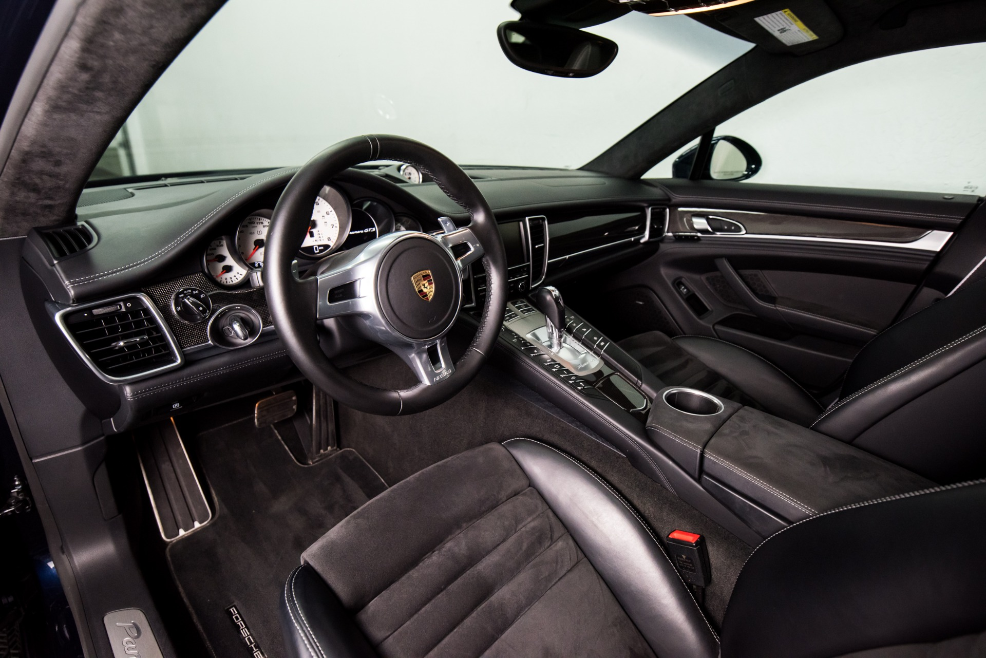 Used 2016 Porsche Panamera GTS Used 2016 Porsche Panamera GTS for sale Sold at Response Motors in Mountain View CA 13