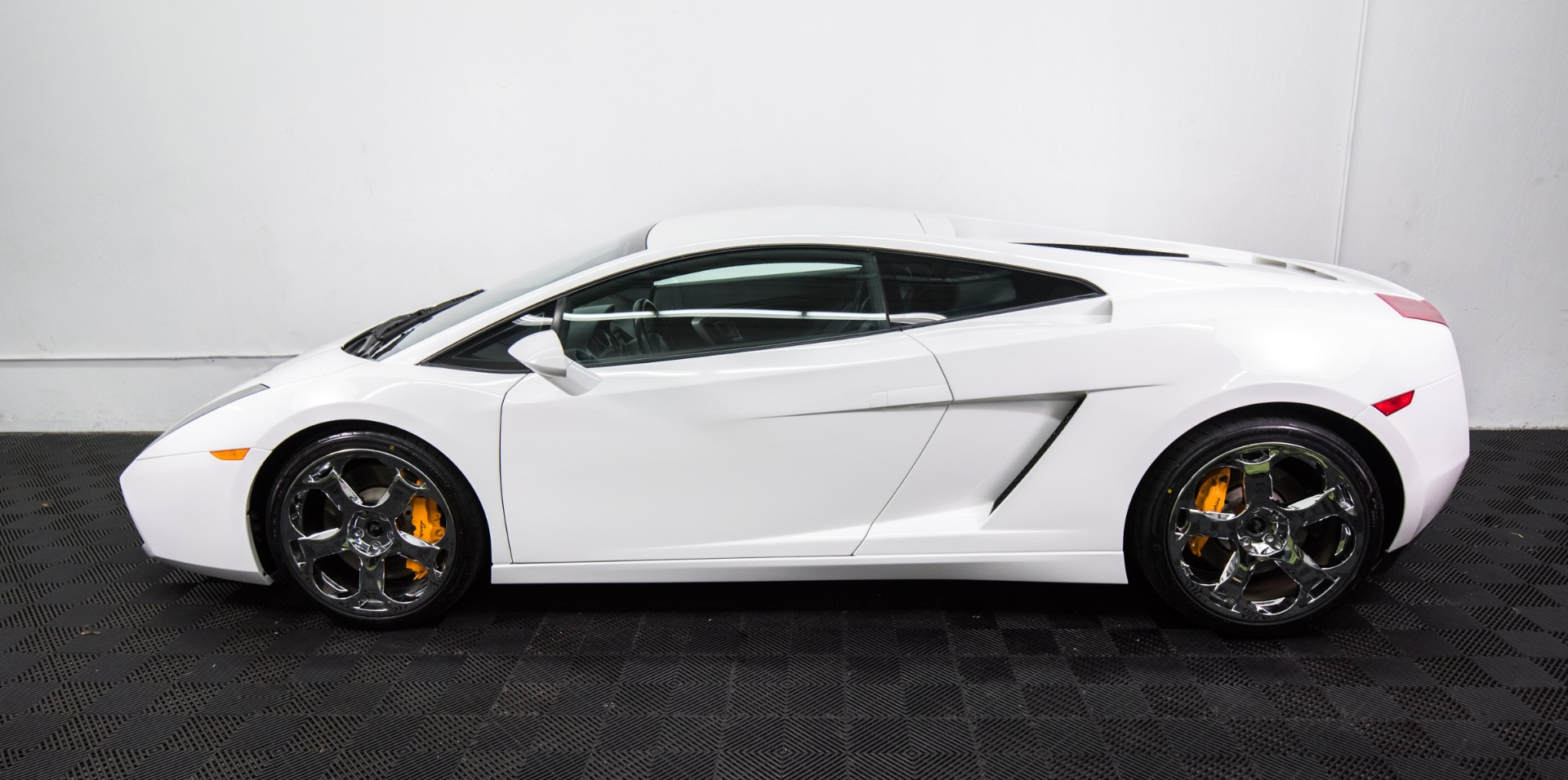 Used 2004 Lamborghini Gallardo Used 2004 Lamborghini Gallardo for sale Sold at Response Motors in Mountain View CA 12