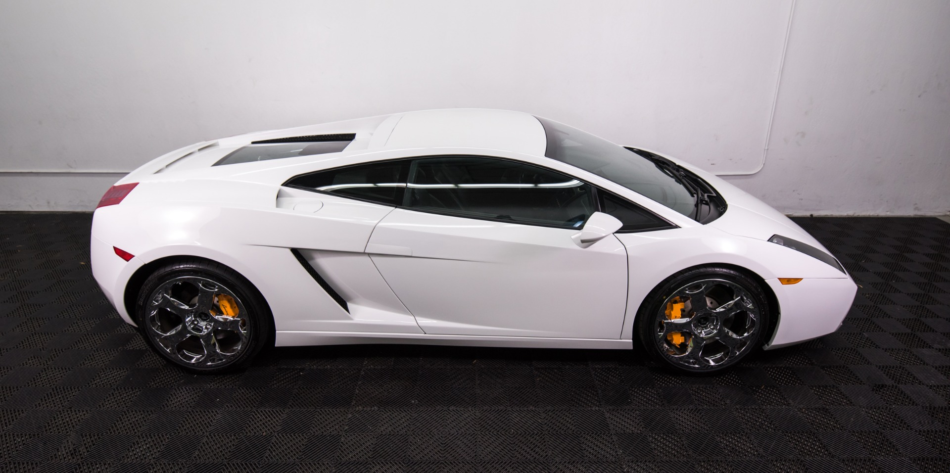 Used 2004 Lamborghini Gallardo Used 2004 Lamborghini Gallardo for sale Sold at Response Motors in Mountain View CA 7
