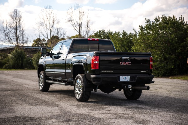 Used 2017 GMC Sierra 2500HD Denali Used 2017 GMC Sierra 2500HD Denali for sale Sold at Response Motors in Mountain View CA 9