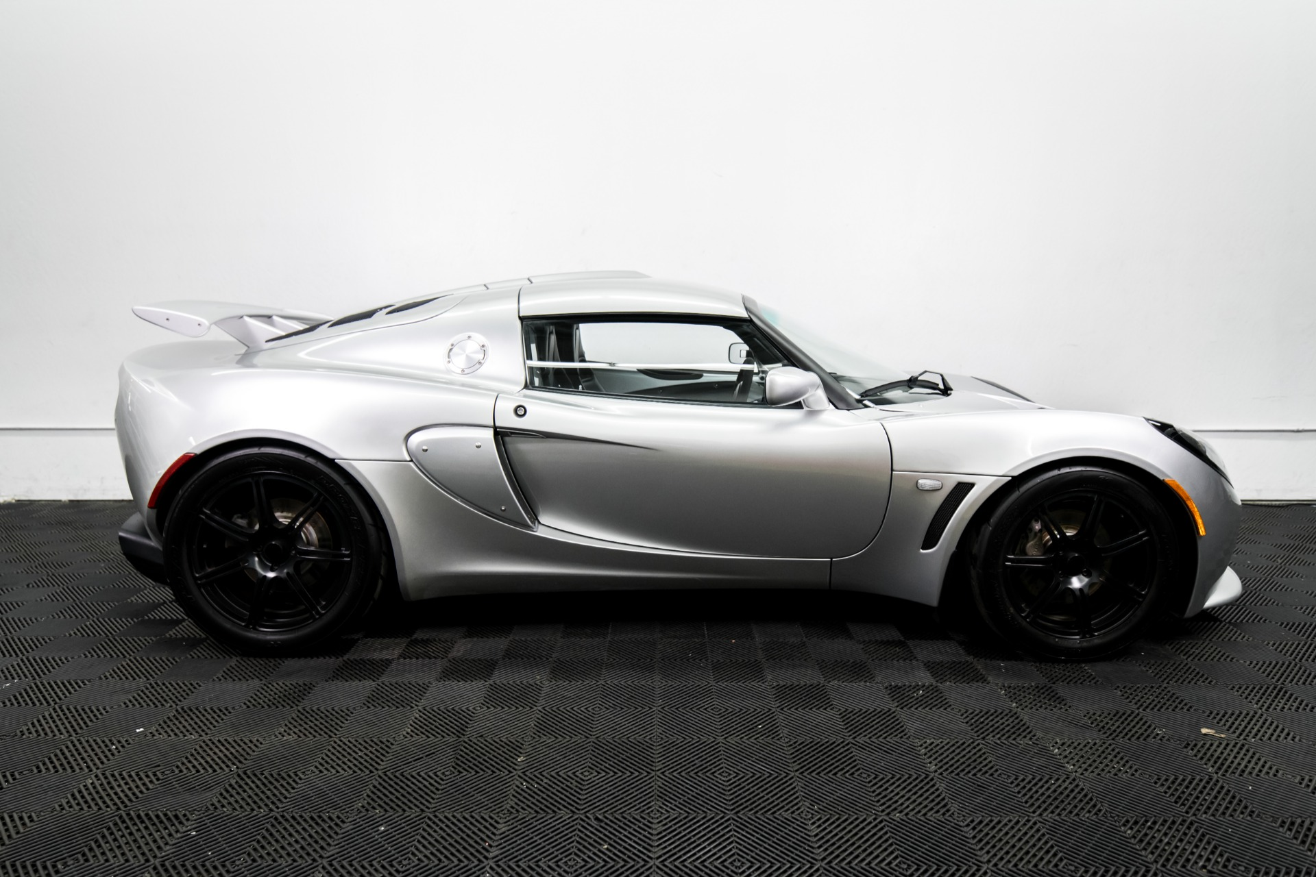 Used 2006 Lotus Exige Used 2006 Lotus Exige for sale Sold at Response Motors in Mountain View CA 5