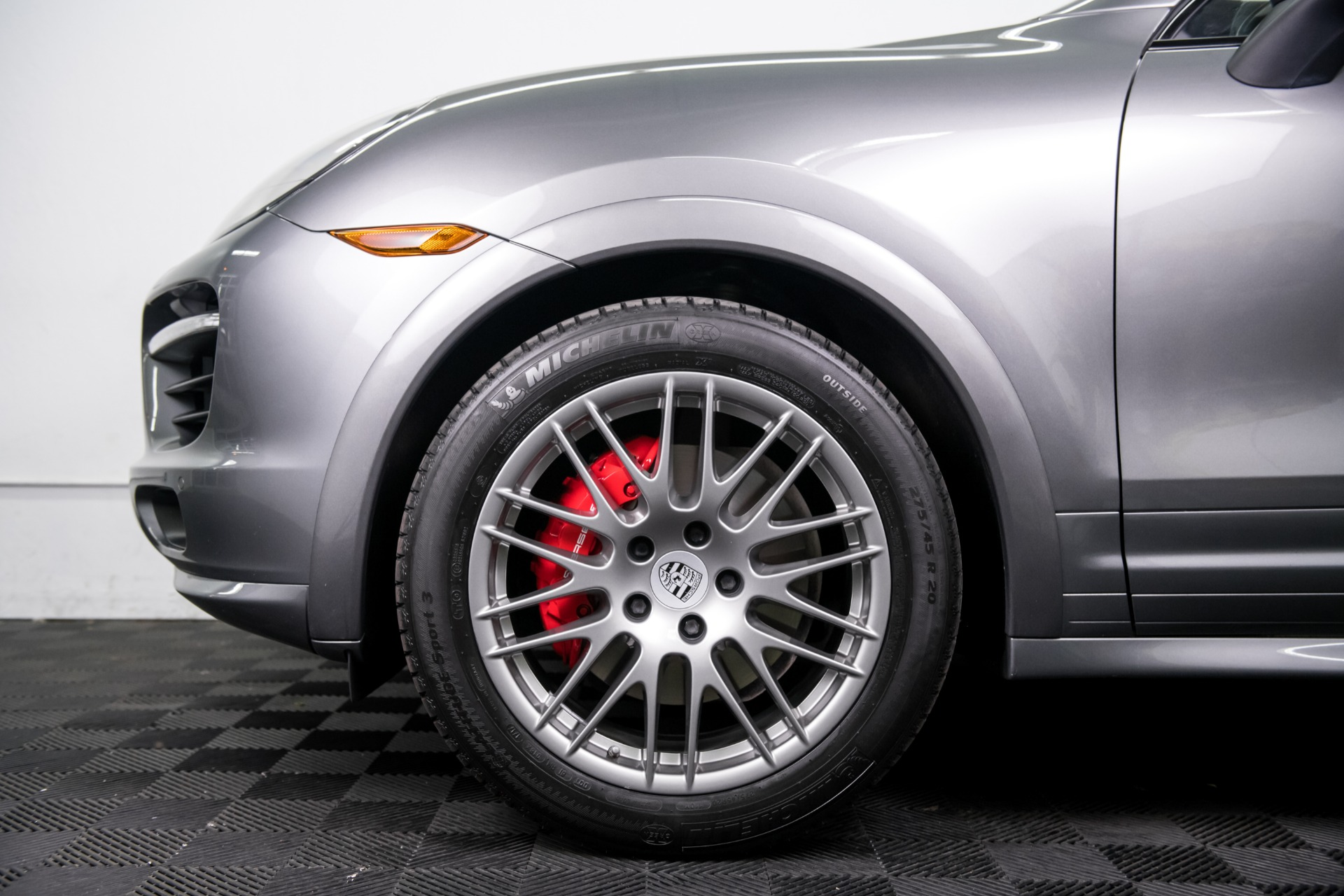 Used 2014 Porsche Cayenne GTS Used 2014 Porsche Cayenne GTS for sale $42,499 at Response Motors in Mountain View CA 11