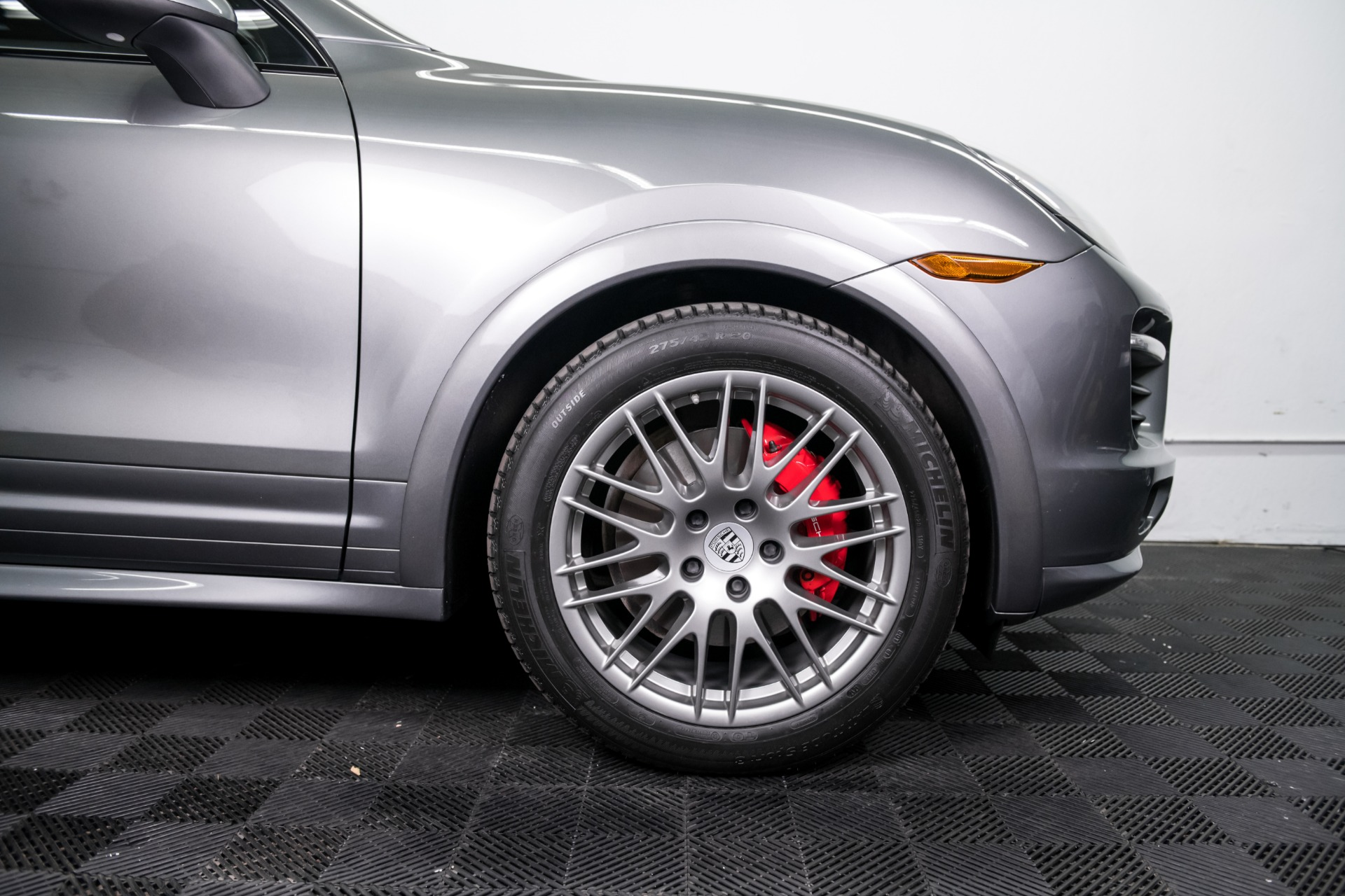 Used 2014 Porsche Cayenne GTS Used 2014 Porsche Cayenne GTS for sale $42,499 at Response Motors in Mountain View CA 4