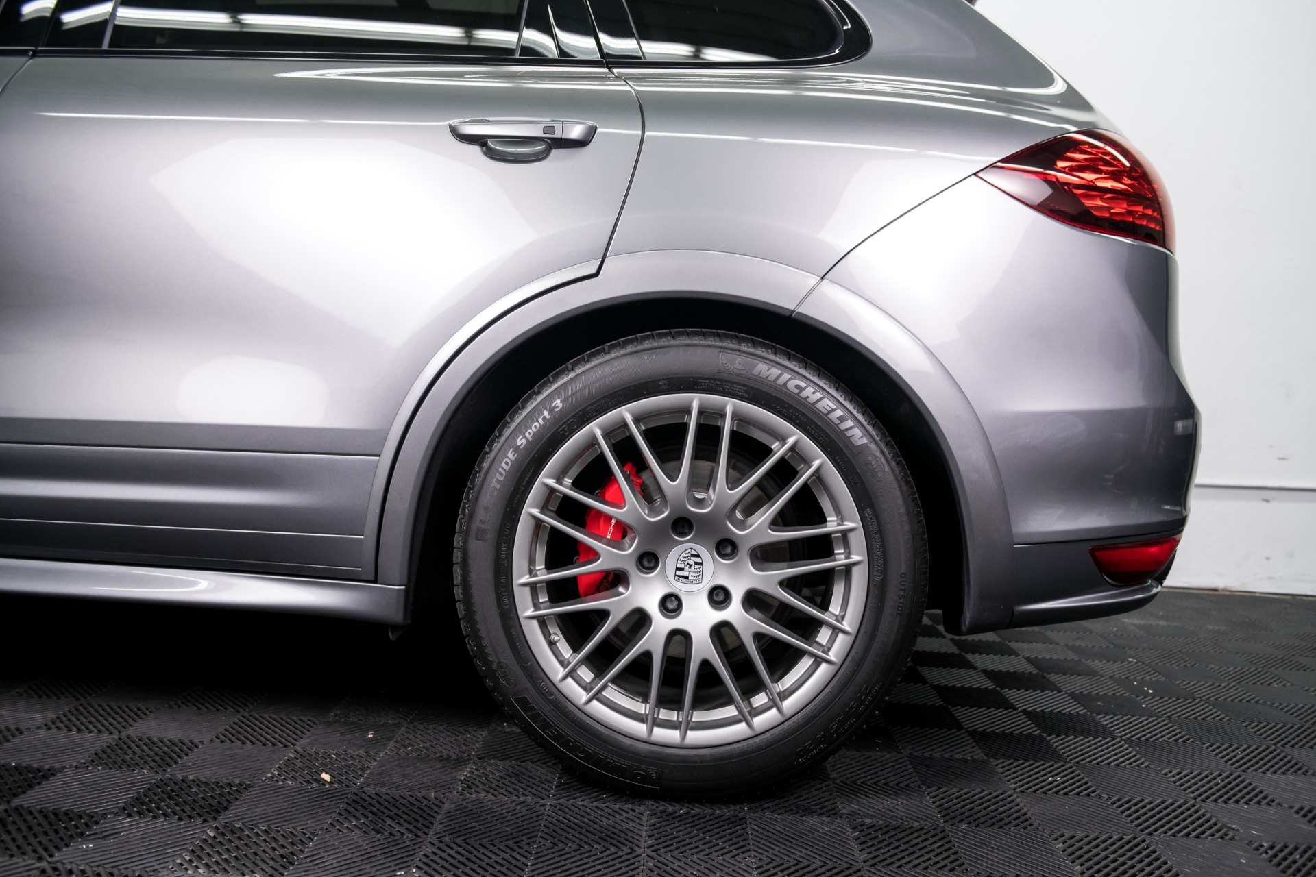Used 2014 Porsche Cayenne GTS Used 2014 Porsche Cayenne GTS for sale $42,499 at Response Motors in Mountain View CA 9