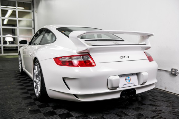 Used 2007 Porsche 911 GT3 Used 2007 Porsche 911 GT3 for sale Sold at Response Motors in Mountain View CA 7